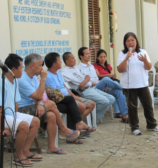 Bataan Paskuhan sa Kampo last December 15, 2009 with relatives, TFDP, Balay, and KPD representatives